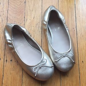 Other - Gold comfy dress shoes